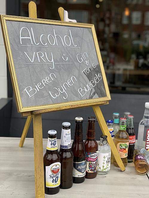 WijnSpijs - Illegaal culinair wandelen nu toch toegestaan, evenementenbureau in één klap grootste wandelclub van Nederland