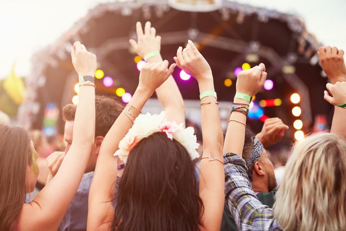 Dancefestivalmarkt onder druk